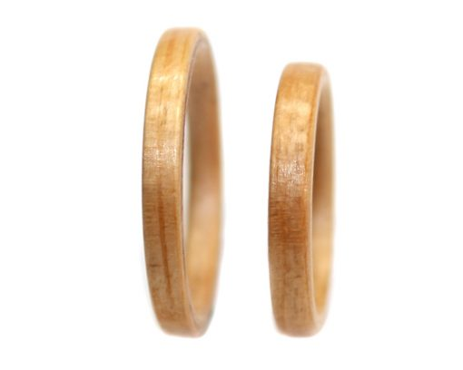 Pine wood rings set thin bentwood